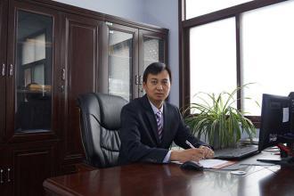 教务处副主任:毛俊岭(负责教务处日常工作)